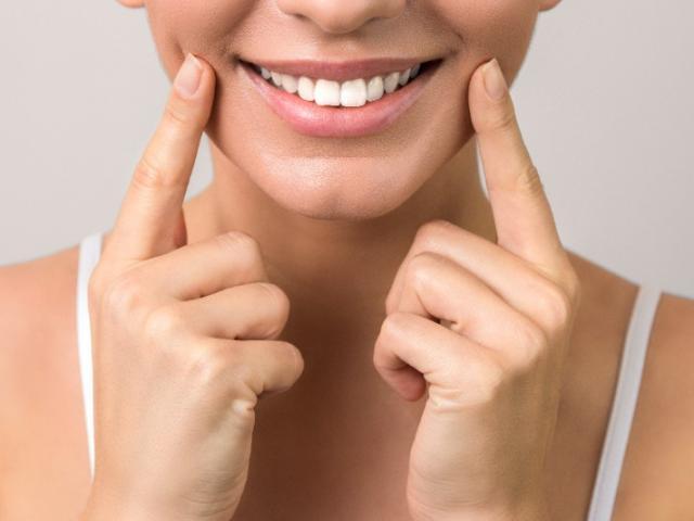 Bienvenue sur le site de votre dentiste à Uccle, Dr KARAMIGKOU